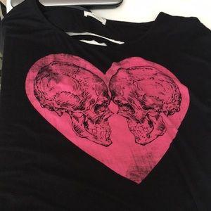 A skull tee shirt